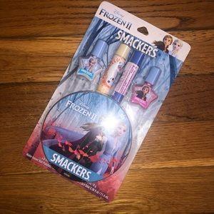 💐3/$20 NIB Frozen II Lip Smacker Set